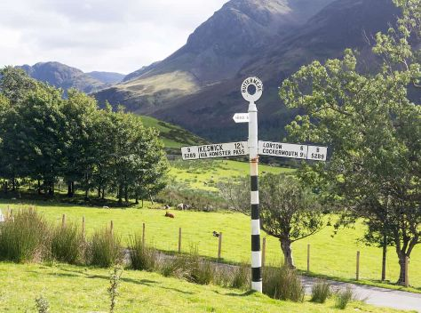 lake-district-cumbria-old-signpost